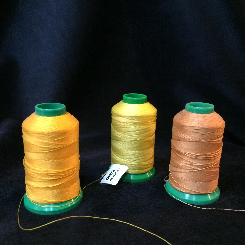 Fil à coudre Onyx 40 teintes jaune